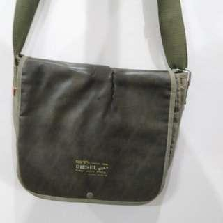 "Genuine Diesel 14"" sling bag #Midsep50"