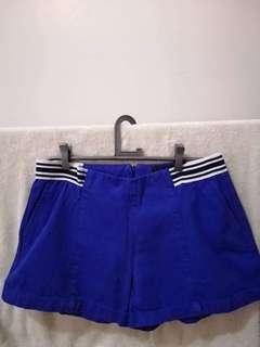 Plains and prints shorts