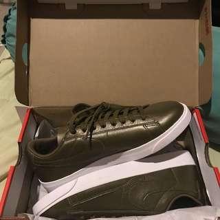 Nike Blazer Low LE Metallic Field