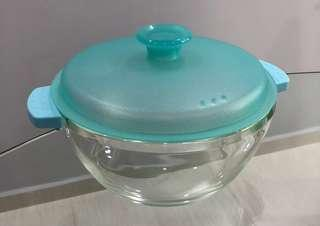 Premium glass bowl