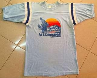 Vintage yellowstone t shirt