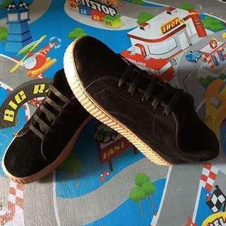 Reprice ->> MURAH sepatu hitam