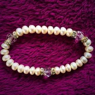 Pearl/Crystal Bracelet