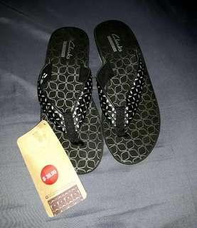 CLARKS slipper