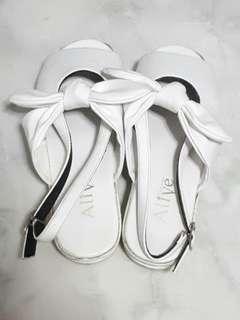Sepatu Sendal Alive