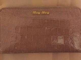A uthentic Miumiu Long Wallet