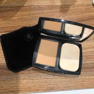 Chanel UltraWear Flawless Compact Foundation SPF15