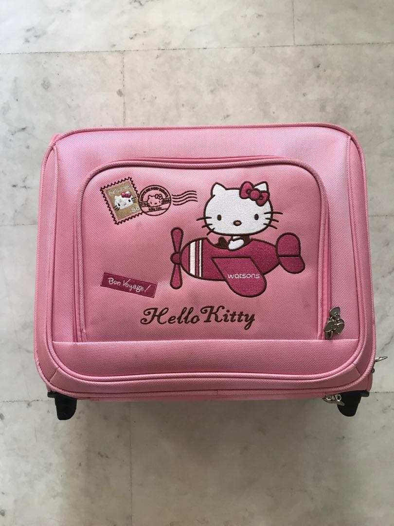 b4574e0d2 2nd hand Hello kitty suitcase, Women's Fashion, Bags & Wallets ...