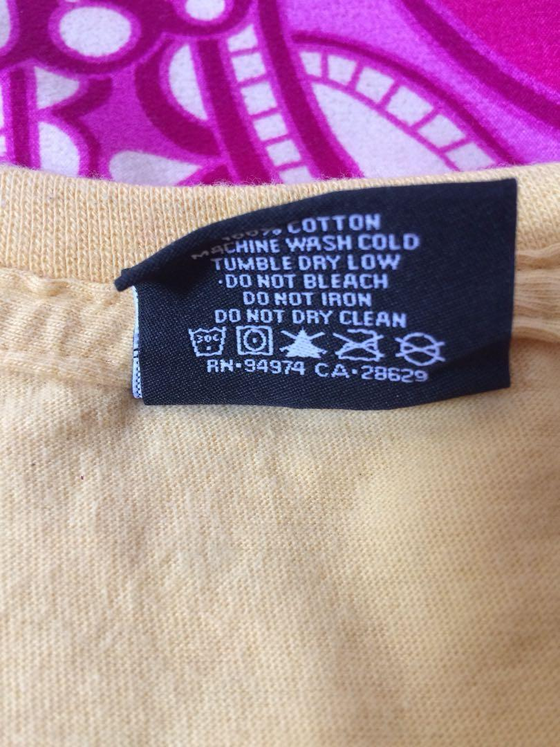 FOR SALE! Stussy Yellow T-Shirt | M (US)