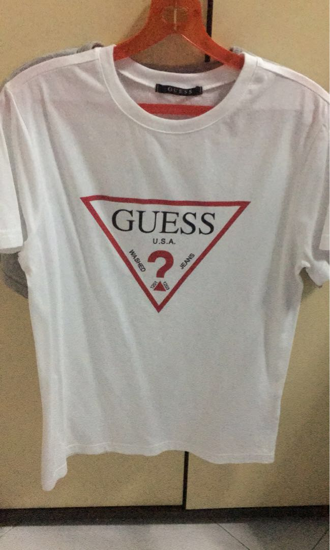 85b994f0352 Guess Triangle logo Tee, Men's Fashion, Clothes, Tops on Carousell
