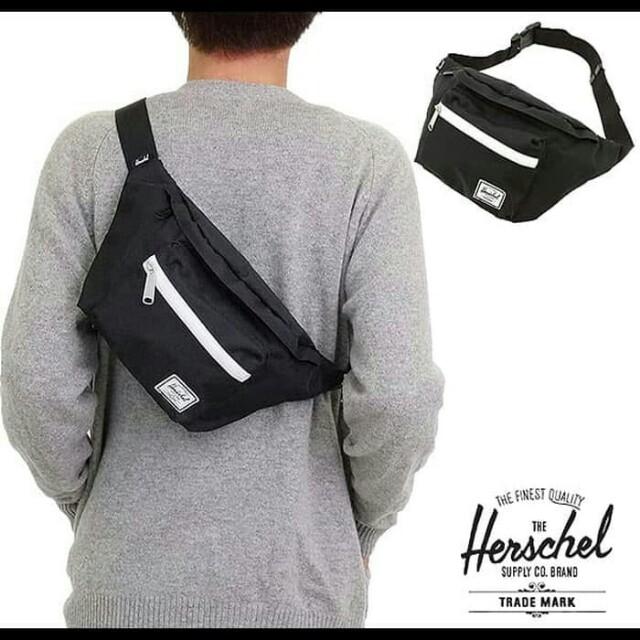 044e4b1f8ed Herschel Supply Co. Seventeen Black White Zip Hip Pack