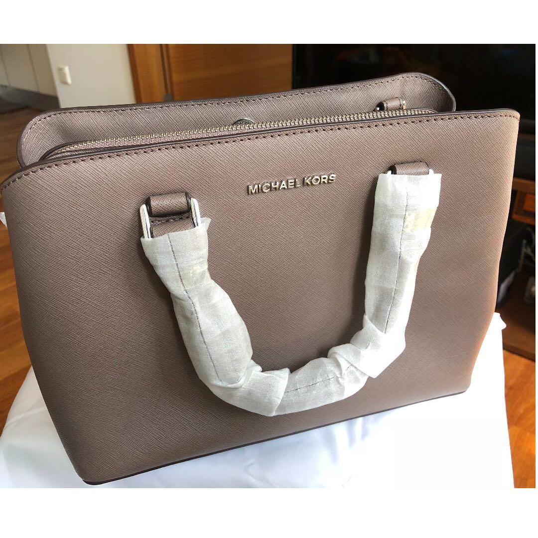 7bf9e7f7dcee Michael Kors Savannah Medium Saffiano Leather Satchel Bag, Luxury ...
