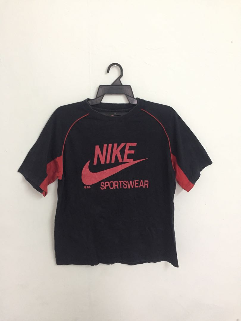 044fea00 NIKE BIG LOGO TSHIRT, Men's Fashion, Clothes, Tops on Carousell