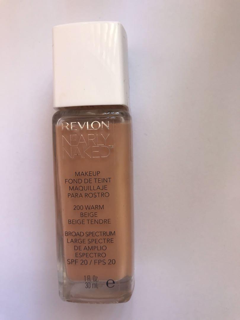 Revlon Nearly Naked Foudation