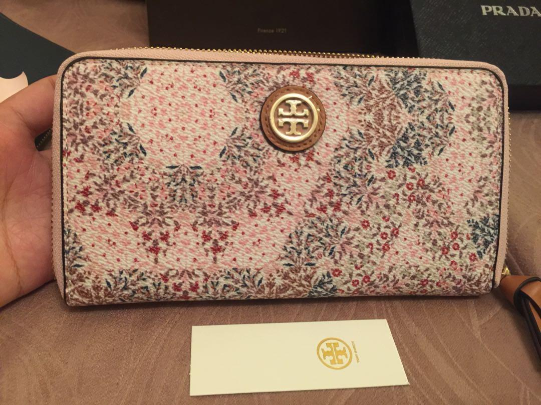 Tory burch new wellet authentic 100%