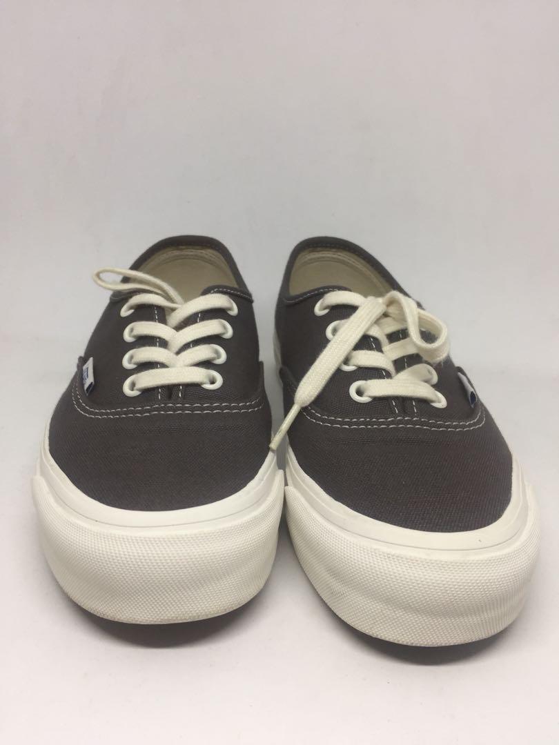 Beranda · Fesyen Pria · Sepatu · Sneakers. photo photo ... 188b6c1864