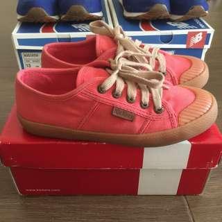Kickers sneakers for kids