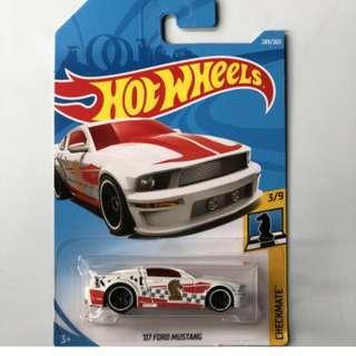 Hotwheels 2018 Checkmate '07 Ford Mustang