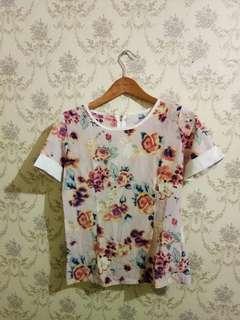 blouse motif bunga