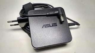 Charger Cas Adaptor Laptop ASUS Original medium connector 19V 3.24A