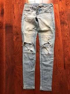Garage Ripped / Distressed Jeans