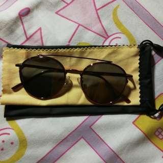 Sunglasses(redgold colour)