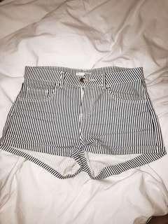 B&W striped shorts