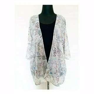 BARU Kimono Outer cream motif akar abu lembut