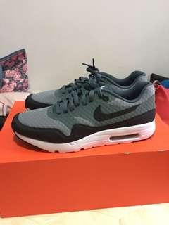 New pair of Nike Air Max 1 Size 10.5