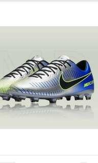 Boy's Nike JR Mercurial Vapor XI Neymar FG junior football boots