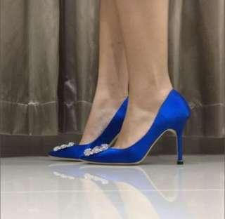 Manolo Blahnik Hangisi Blue
