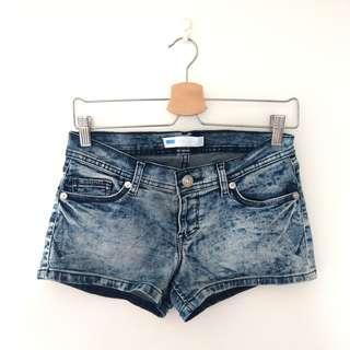 🚚 Levi's 低腰彈性牛仔短褲