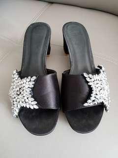 Black diamond star heel