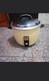 National automatic rice cooker