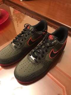 Nike Air Force 1 Olive Crimson