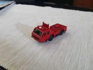 Tomica nissan diesel fire truck