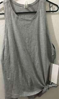 Lululemon tie and go tank size 6 grey