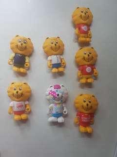 SG50 singa lion figurine