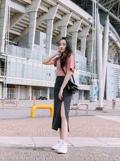 (PRELOVED) Side Slit Long Gray Skirt / Rok (fit from S-M)