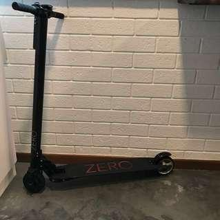 E scooter Zero v1.0 (light weight and good condition)