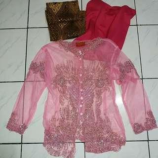 Kebaya pink 1 set w/ bustier dan rok