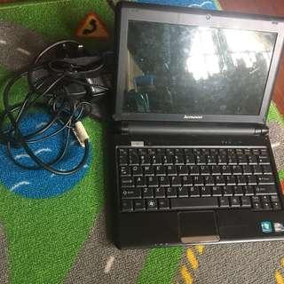 Lenovo ideapad + charger