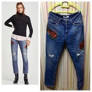 Zara Embroidered ripped sequinned Jeans(straight fit)