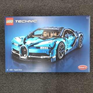 LEGO TECHNIC BUGATTU CHIRON 42083