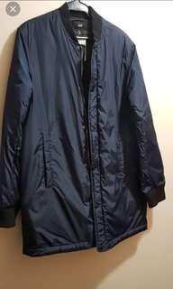 H&M jacket good for winter!Small(can fit to Medium)