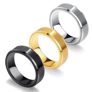 《 QBOX 》FASHION 飾品【R100N532】精緻個性經典拉絲雙邊光面設計鎢鋼戒指/戒環(三色)