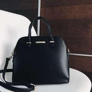 Mizzue Black Structured Bag