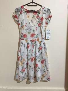 Zara floral dress (new w/ tag)