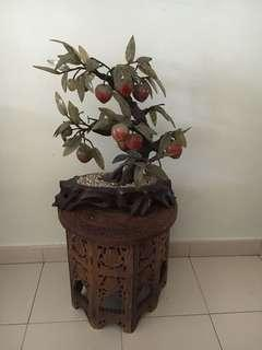 Peach ornamet with table