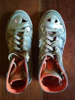 ADIDAS ORIGINALS Gold Hi Sneakers